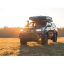 Zestaw do montażu oświetlenia LAZER TRIPLE-R 750 w fabrycznym grillu - Toyota Hilux (2015 -)